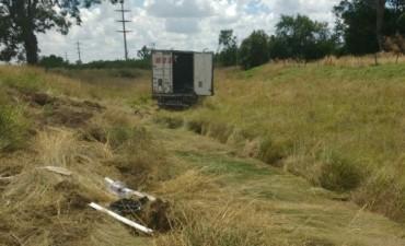 Retiraron al camión de la Ruta Provincial 65