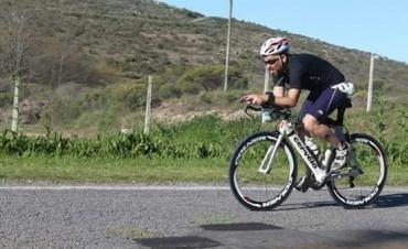 Juan Pablo León participó del Ironman junto a otros bolivarenses
